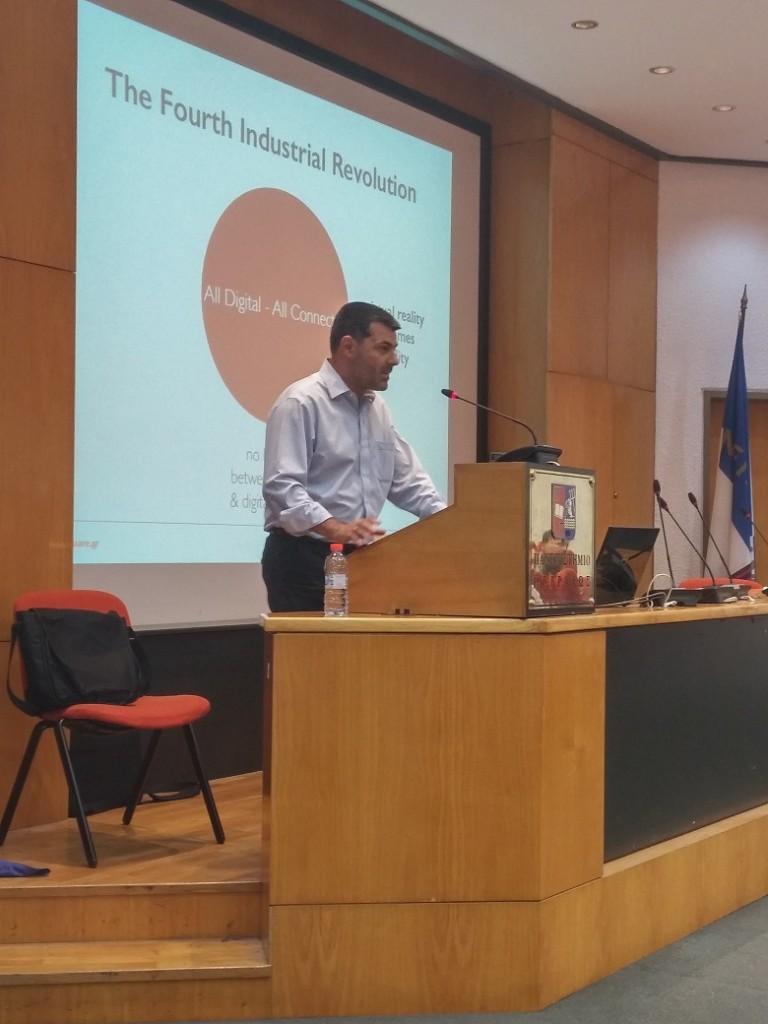 κ. Κωστής Σταυρόπουλος,  Διευθύνων Σύμβουλος iSquare, Επίσημος Διανομέας Apple - Ελλάδα & Κύπρος